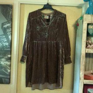 Beautiful suede viscose purple dress anthro L